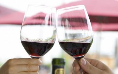 Неколку причини зошто виното го подобрува вашето здравје