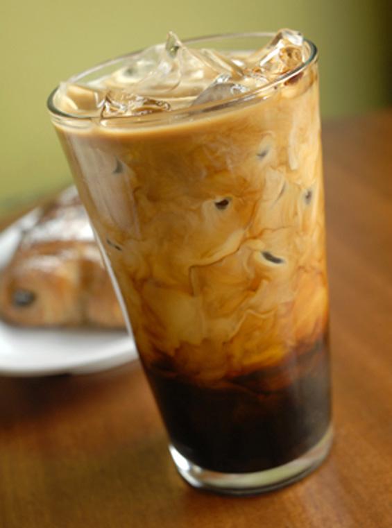 Како да си приготвите виетнамско ледено кафе