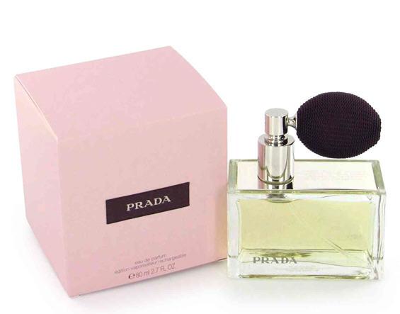 Најдобрите женски парфеми за 2010 година кои ги полудуваат мажите