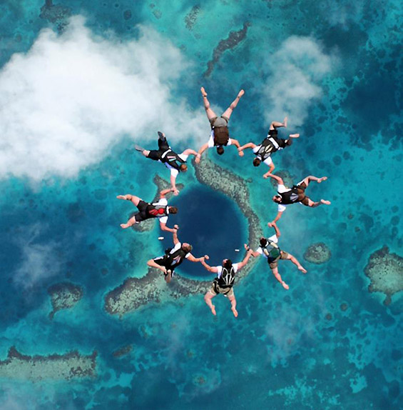 Големата сина морска дупка во Белизе