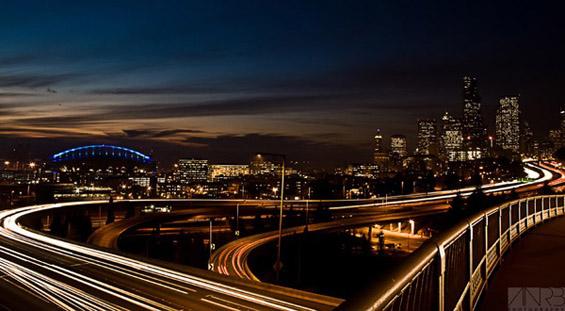 10 брзи трикови за подобра фотографија - Светлосни траги