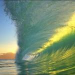 (2) Неверојатни фотографии со бранови
