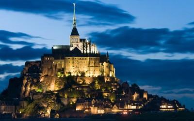 Mont Saint Michel – град среде море