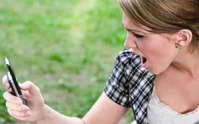 7 ситуации во кои не треба да праќате смс пораки