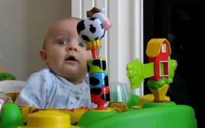 Бебе се плаши од секнење нос