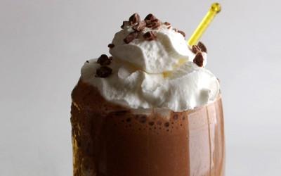 Чоколаден шејк со кафе и банана