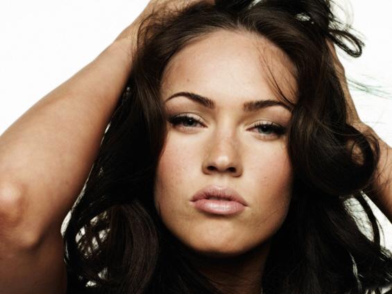 Славни жени со секси усни