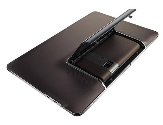 Мобилен телефон и таблет во едно
