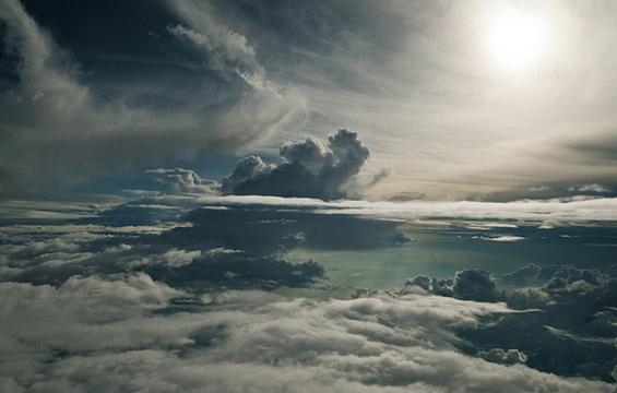 Лице в лице со облаците