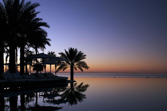 Капење во бесконечни базени на рајски локации