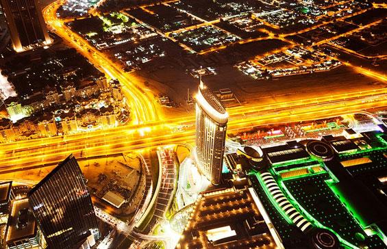 Луксузниот Дубаи во ноќта