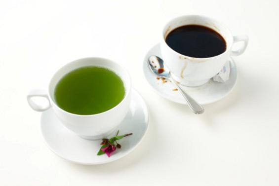 Кафето е поздраво од црниот, но не и од зелениот чај