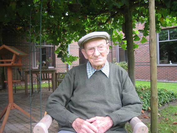 Најстариот жител на Европа ја открива тајната за долг живот