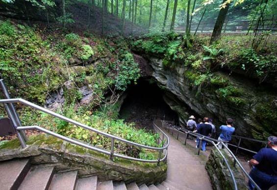 Мамутска Пештера