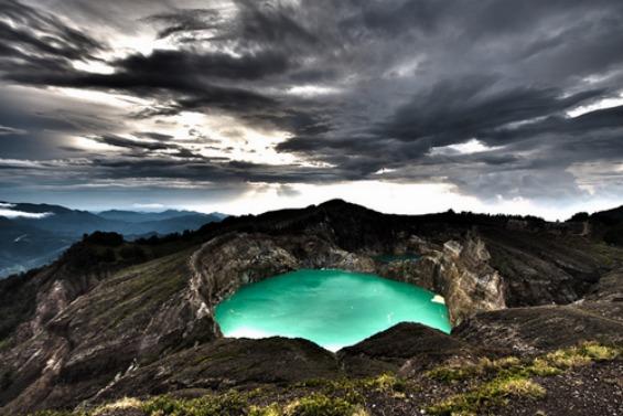 Кели Муту - езера каде почиваат душите