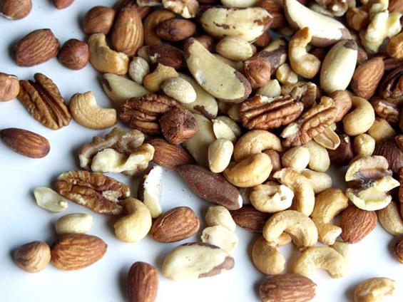 Пет прехранбени продукти за добар тен