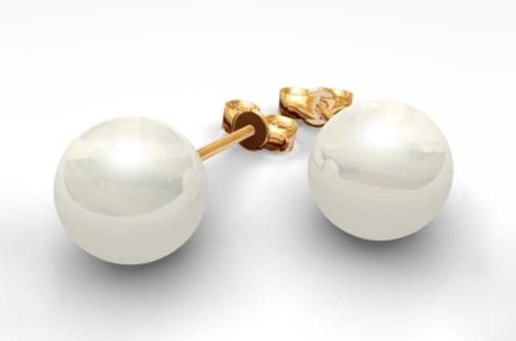 Безвременски парчиња накит што секоја жена треба да ги поседува