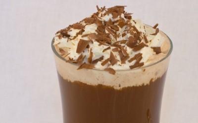 Топло чоколадно кафе