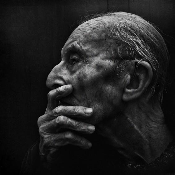 Трогателни портрети на бездомници