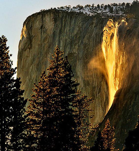 Златен водопад