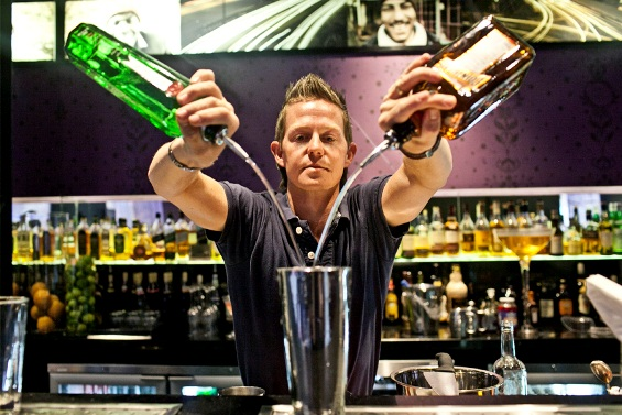 Кој може да пие алкохол на работното место