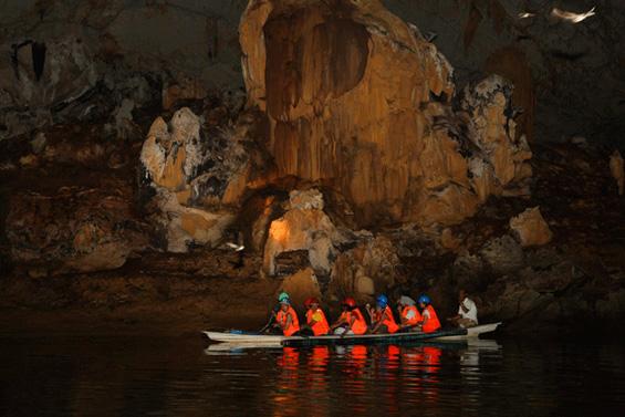 Подземната река Пуерто Принцеса