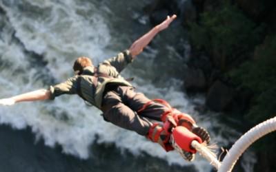 10 најдобри локации за скокање со банџи