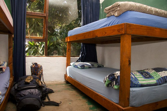 """Тајните на """"бекпекерите"""": топ совети за евтино патување низ светот"""