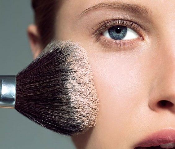 Како вашата шминка да трае подолго