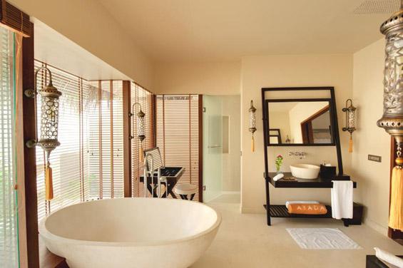 Луксузниот хотел Ayada на Малдивите