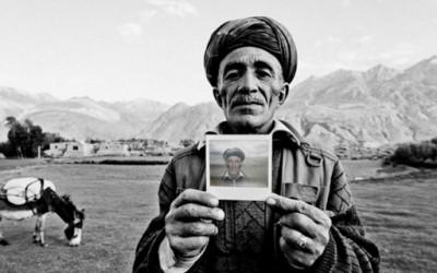 Фотографии од Авганистанци кои никогаш не виделе фотоапарат