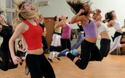 Вежбајте Зумба во домашни услови со лична инструкторка