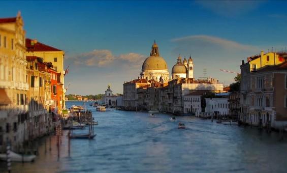 Еднодневна прошетка во магичната Венеција
