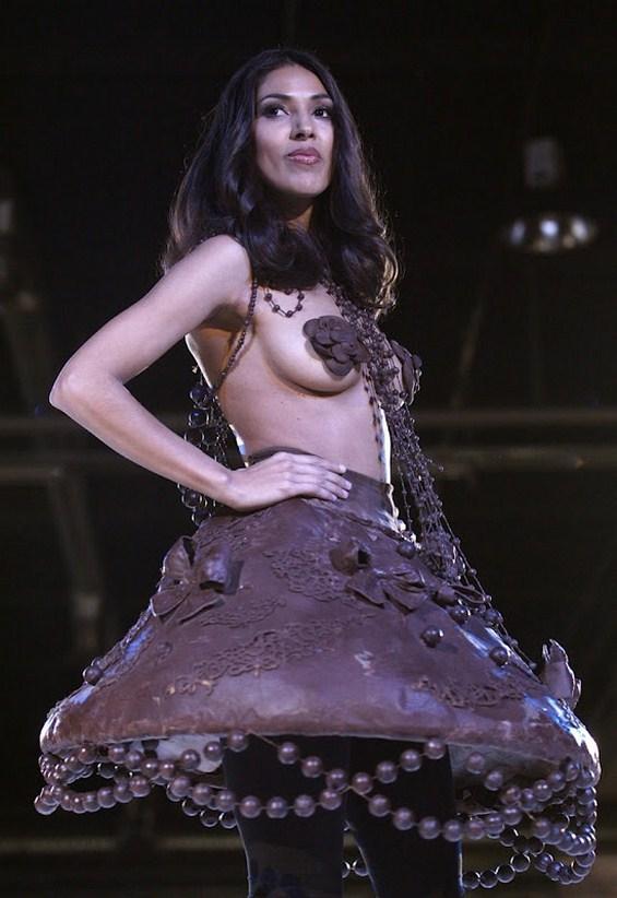 Фустани направени од чоколадо