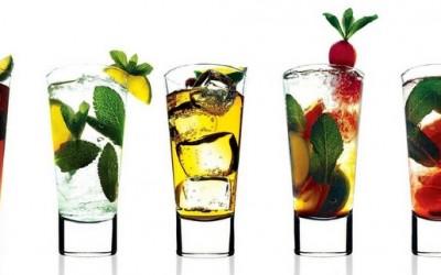 Едноставни и освежителни летни коктели