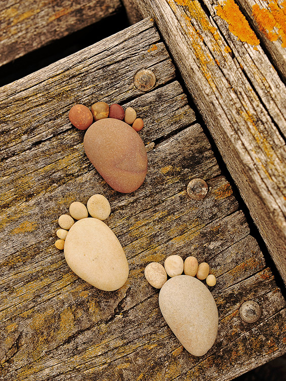 Стапалки составени од камчиња