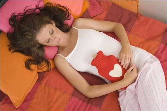 Како да ги ублажите предменструалните симптоми?
