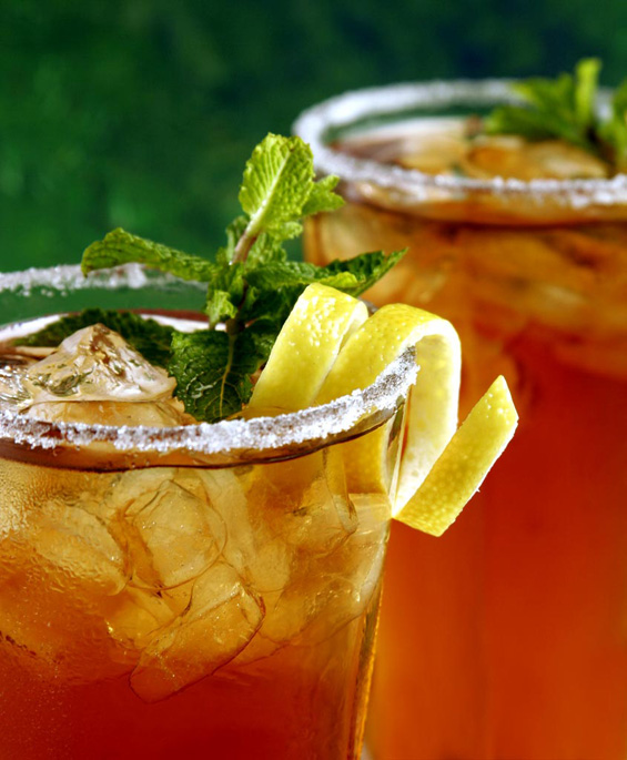 Летни пијалаци за рамен стомак