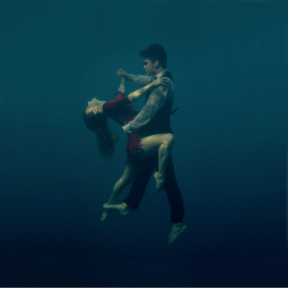 Страсно танго под вода