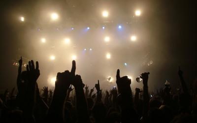 Која е подобра, поп или рок верзијата?