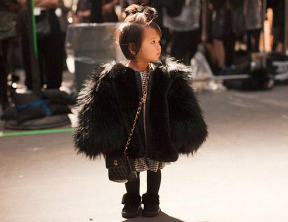 Запознајте ја главната ѕвезда на модното шоу во Њујорк