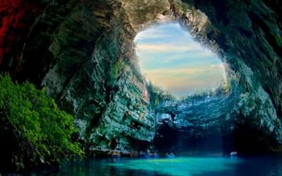 Волшепството сокриено во пештерата Мелисани во Кефалонија