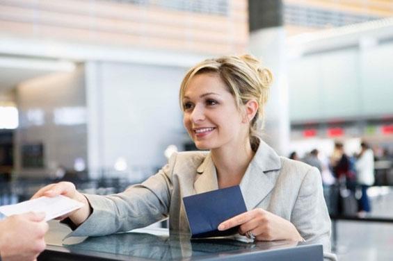 Како да заштедите купувајќи авио-билет?