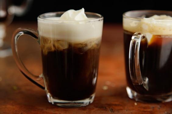 Коктел со кафе и текила за будење на сите сетила