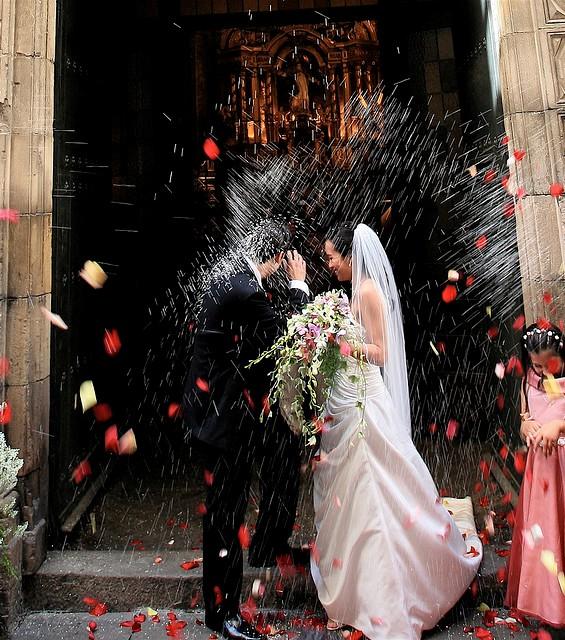 Најпознати суеверија поврзани со љубовта