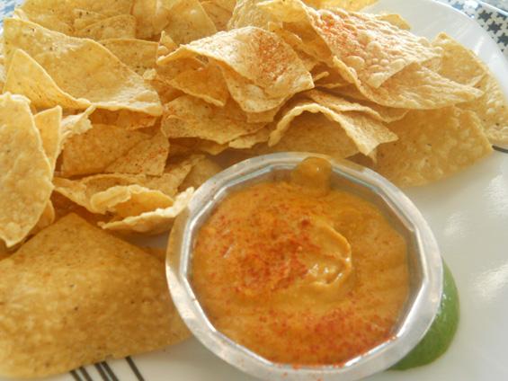 Вкусни сосови за чипс