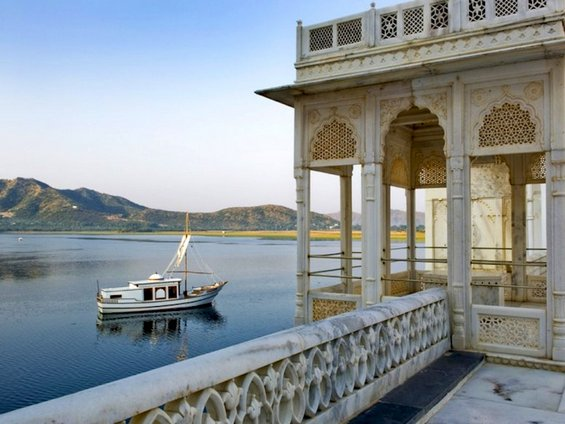 Хотелски тераси со неверојатен поглед
