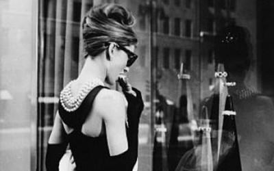 Малиот црн фустан низ историјата на модата