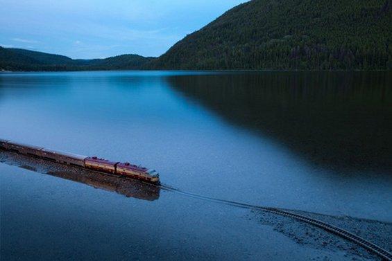 """Воз """"дух"""" патува низ Канада"""