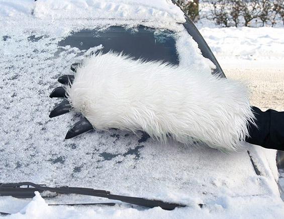 Кул стругалка за отстранување снег од шофершајбна